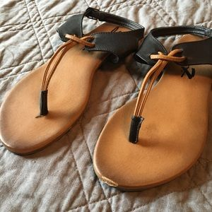 Seven7 Kello Sandal